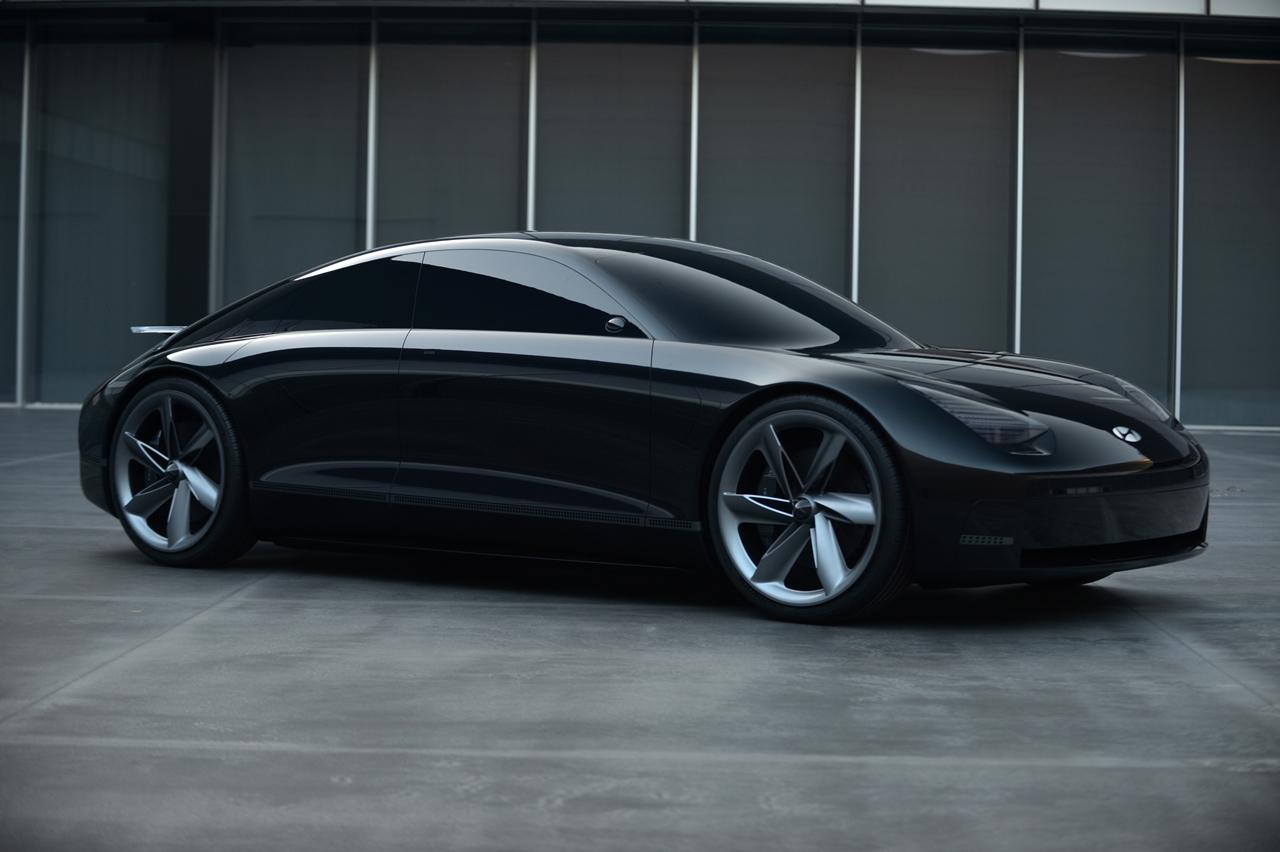 Hyundai predstavil koncept elektromobilu Prophecy.