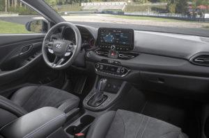 Novy Hyundai i30 N - interiér