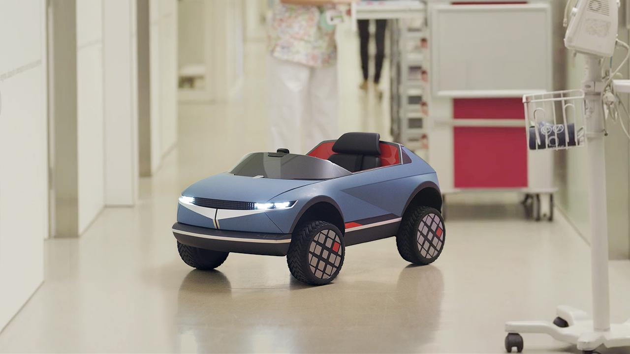 Mini elektromobil od Hyundai pomáha pri liečbe detí v nemocnici