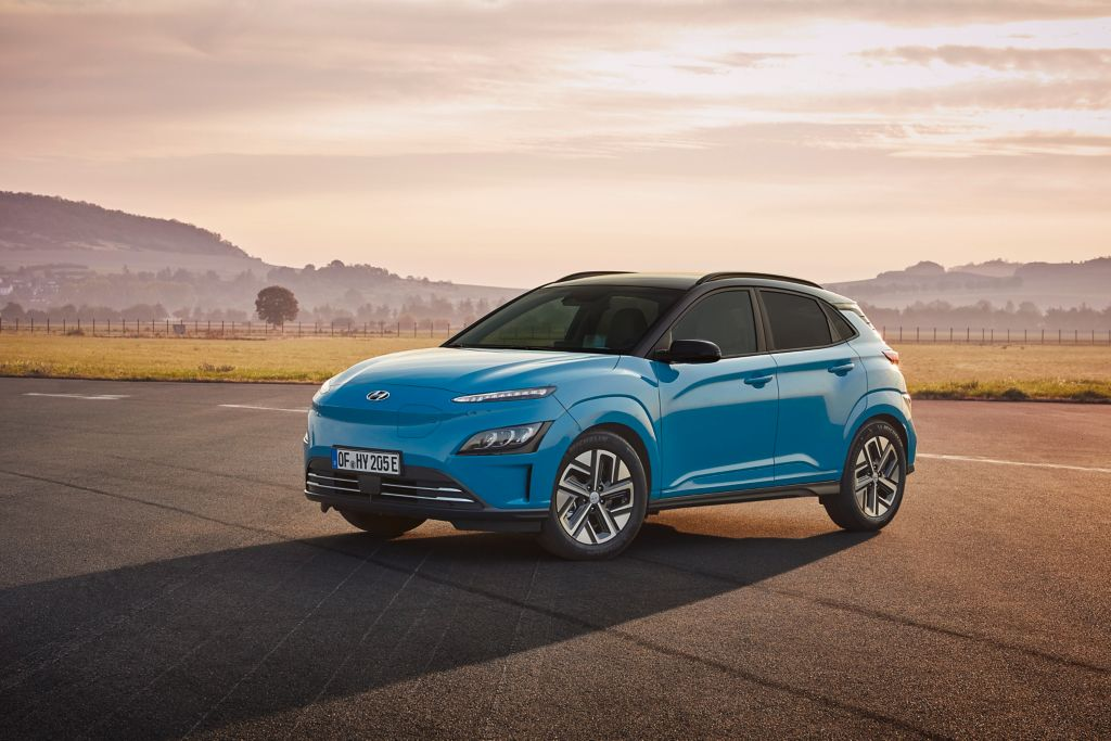 Nová KONA Electric – zverejnený cenník vynoveného modelu s dojazdom až 484 km na jedno nabitie.